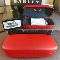 New Oakley Ferrari Red  Sunglasses Ducati Scuderia Vault Case  New Microbag Photo