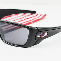 New Oakley Sunglasses Fuel Cell Matte Black Grey W/us Flag Icon and Bag Photo
