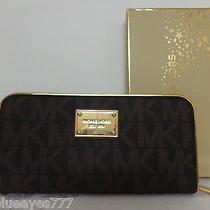 New/tag/box  Michael Kors Specchio Jet Set Travel Brown Signature Wallet 148 Photo