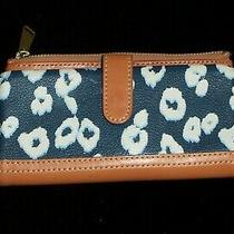 New Vintage Genuine Authentic Fossil Soft Leather Wallet Tan Navy Blue Floral Photo