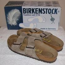 New W/ Box Birkenstock Arizona Taupe Sandals  Ladies - Sz 9. Men - Sz 7 Eur - 40 Photo