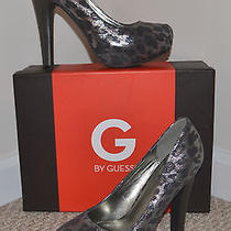 New W/box Women's 7 1/2m Guess Metallic Fabric Leopard Pewter High Heels Photo