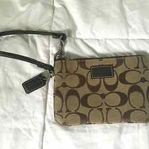 New Without Tags Coach Wristlet Photo