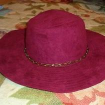 New Women's Lulu Burgundy Velvet Fedora Hat Gold Chain Detail Photo