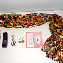 New Women Scarfoutspoken Fergie Perfumebody Powder2 Earringsmother's Day Pin Photo
