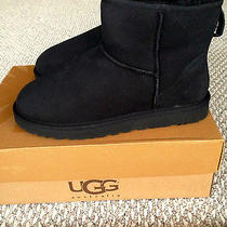 New Womens Short Black Ugg Classic Mini Boots Size 10 Photo