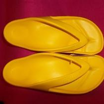 Newalk Eva Yellow Sandals by Birkenstock Men's Size 11 Women's Size 12 Eu 44 Photo