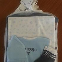 Newborn Baby Boy Guess Gift Set Photo