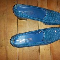 Newport News Cadet Blu 8.5 Croc Patterned Women Shoes Photo