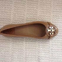 Nib Tory Burch Aaden Flat Ballet Shoes Tumbled Patent Sand/gold Logo Size 6 Photo
