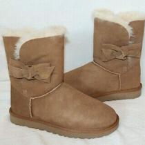 Nib Ugg Women's Daelynn Leather Bow Suede Shearling Boots Chestnut 190 Photo