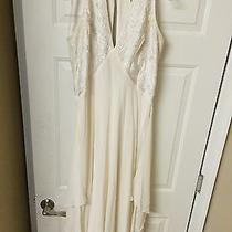 Nicole Miller  Size 16 Beautiful Wedding Dress Photo