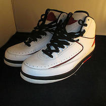 Nike Air Jordan Retro 2 Photo