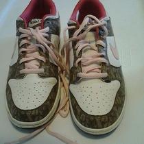 Nike Basketball White Women Sneakers Size 6 Photo