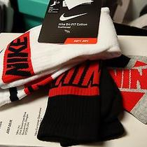 Nike Dri-Fit Cotton Graphic Crew Socks White/black/red 3 Pack Mens 8-12 Photo