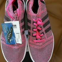 Nike Element Refine Tricot Neon Pink Ladies Running Shoe Size 7 Photo