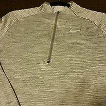 Nike Element Sphere Pullover Photo