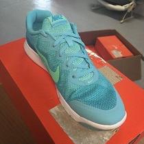 Nike Flex Experience Women's Size 10 Shoes  Photo