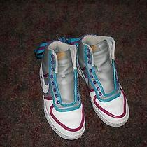 Nike Hightops Size 8 Photo