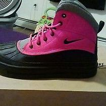 Nike Shoes Girls Woodside Boots Photo