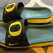 Nike University of Oregon Ducks Football Player Team Issued Slides Shoes Sandals Photo