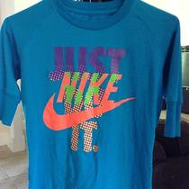 Nike Women's Junior Shirt Small 4-6 Photo