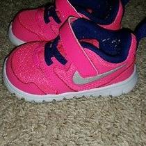 Nikes Toddler Size 4 Photo