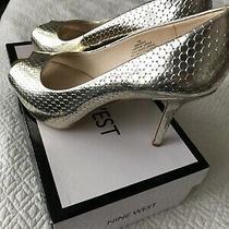 Nine West Gold Heels Photo