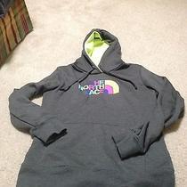 North Face Women's Sweatshirt  Photo
