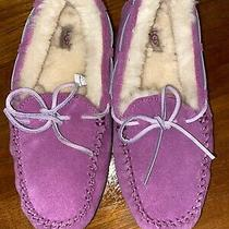 Nwob Womens Size 5 Ugg Moccasin Slippers Pink (Wornjust to Try On) Photo