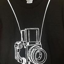 Nwot Camera T-Shirt Hanging on Neck Strap Black Sz M R267 Rb67 Urban Outfitters Photo