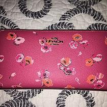 Nwot Coach Pink Multi Floral Wallet Clutch Photo
