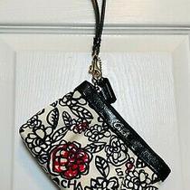 Nwot Coach Poppy Floral/flower Satin Wristlet/clutch in White Black & Red  Photo
