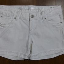 Nwot Express Frayed Edges White Denim Shorts Sz 4 Photo