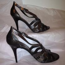 Nwot Guess Gray and Silver W 4 Inch High Heel Shoes Size 91/2m Photo