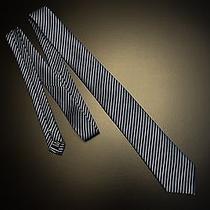 Nwot Recent Lanvin Paris Navy Sky Blue Black Thin Stripe Italy Woven Silk Tie Photo