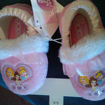 Nwt 18 Toddler Girls Disney Princess Fancy Pink Faux Fur Slippers Small 5/6 Photo