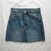 Nwt 35 h&m Womens Frayed Raw Cut Hem Above Knee Jean Med. Wash Denim Skirt Sz 4 Photo