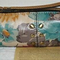 Nwt 39 Patricia Nash Isla Italy Leather Oblong Wristlet Wallet Bag First Bloom  Photo