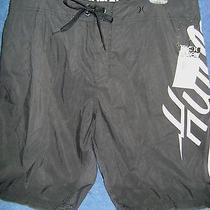 Nwt 49.50 Hurley Bolt Board Short    Waist Size 32