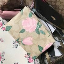 Nwt Authentic Coach Luxury Rose Floral Signature Wristlet Wallet Photo