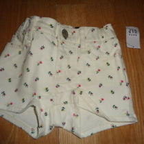 Nwt Baby Gap Girls 2 Years White Flower Jean Shorts  Photo