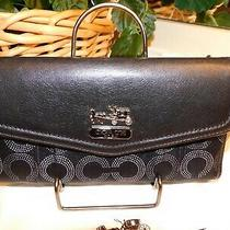 Nwt Coach 44435  Madison Dotted Checkbook Wallet Sv/black    Free Shipping Photo