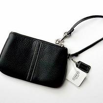 Nwt Coach Black Leather Wristlet Clutch Wallet Purse Pouch F42389 Photo