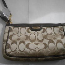 Nwt - Coach Campbell Signature Large Wristlet - F51111 - Brown Khaki & Mahogany Photo