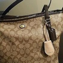 Nwt Coach Canvas Signature Tote Photo