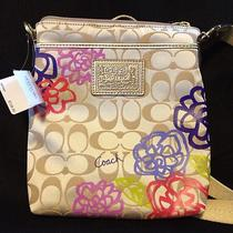 Nwt Coach Daisy Applique Swingpack Photo
