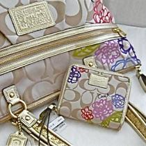 Nwt Coach Daisy Applique Tote - F20794/wallet- F48357 Photo