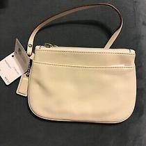 Nwt Coach F45651 Leather Wristlet Summer White Photo
