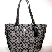 Nwt Coach Gallery Signature Tote Purse Handbag White/black 19388 Free Shipping Photo